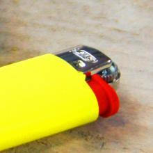 BIC J25 Feuerzeug | Small | Vollfarbe gesamt | 772368