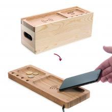 weinbox mit kabelloser ladestation